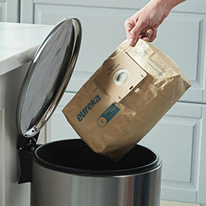 Bagged Vacuum - Clean and Easy Disposal